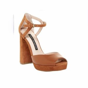 French Connection platform strappy sandals 7.5 NEW